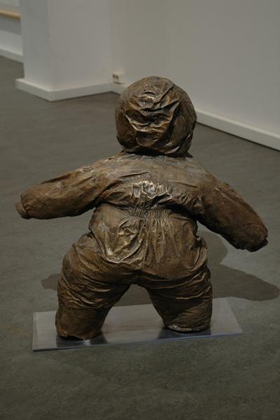 sculpture Mika Karhu Bronze