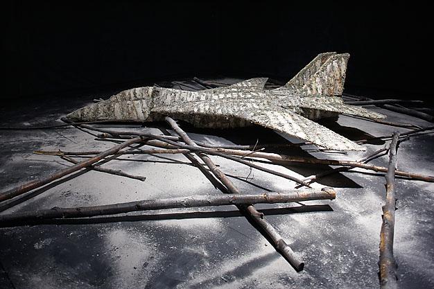 Mika Karhu picture installation
