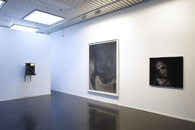 exhibition view photo